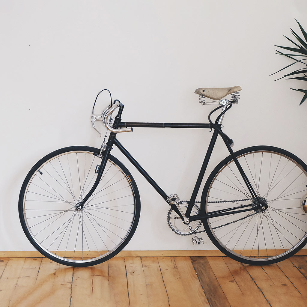 A Bicycle Before Clipping Path Services